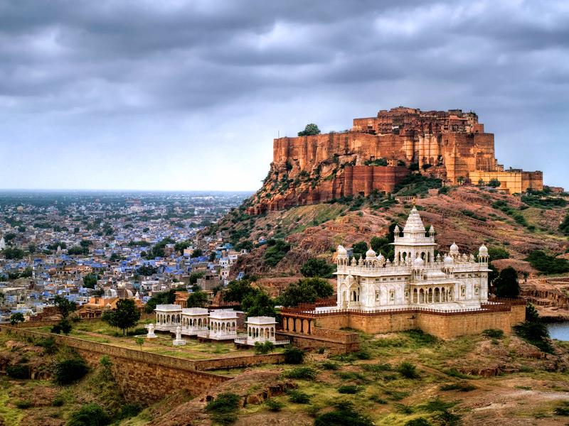 Mehrangarh Fort sightseeing and Puppets Maharajas Express