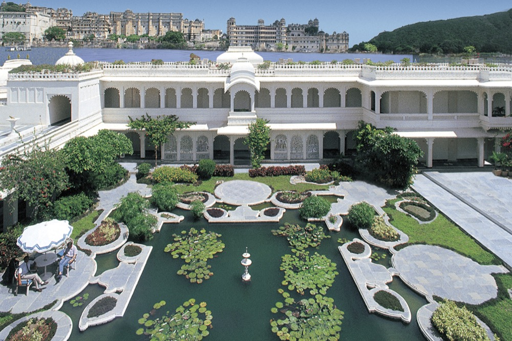 Taj Lake Palace Pond