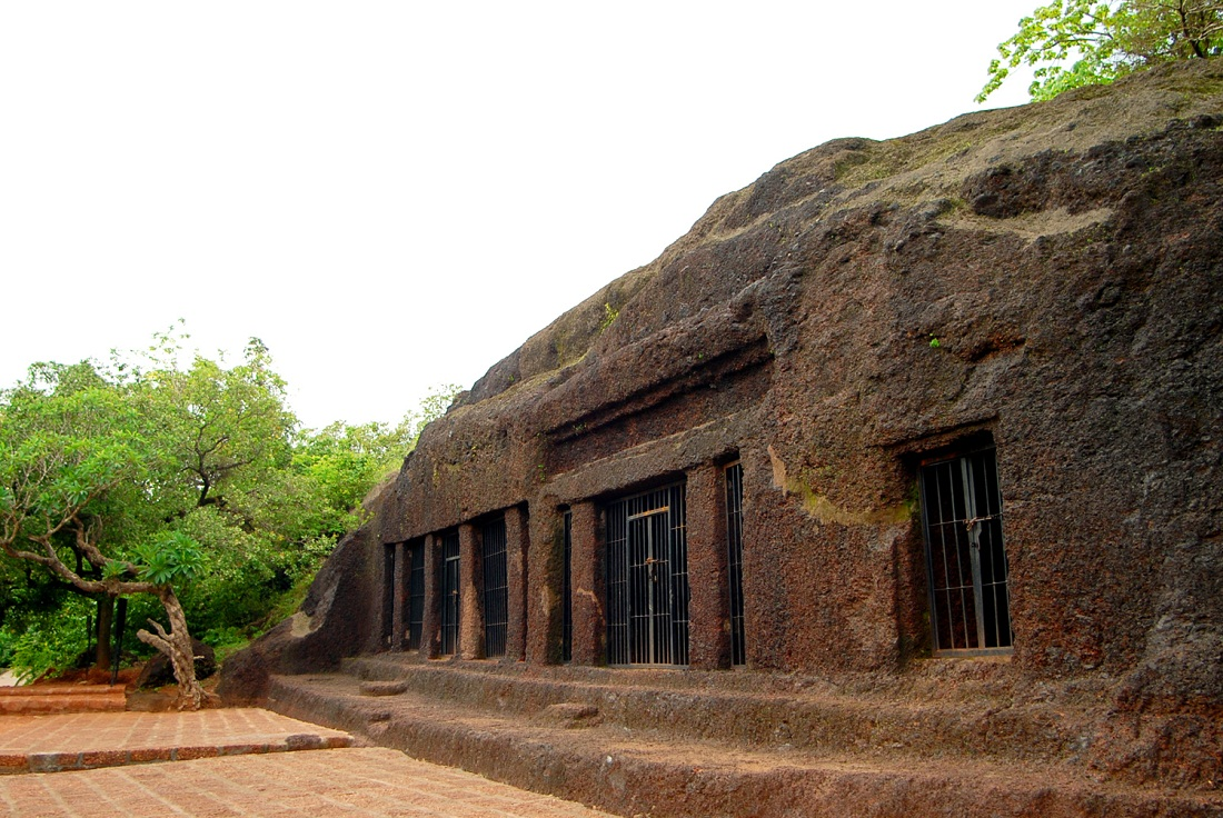 Arvalem Caves Goa