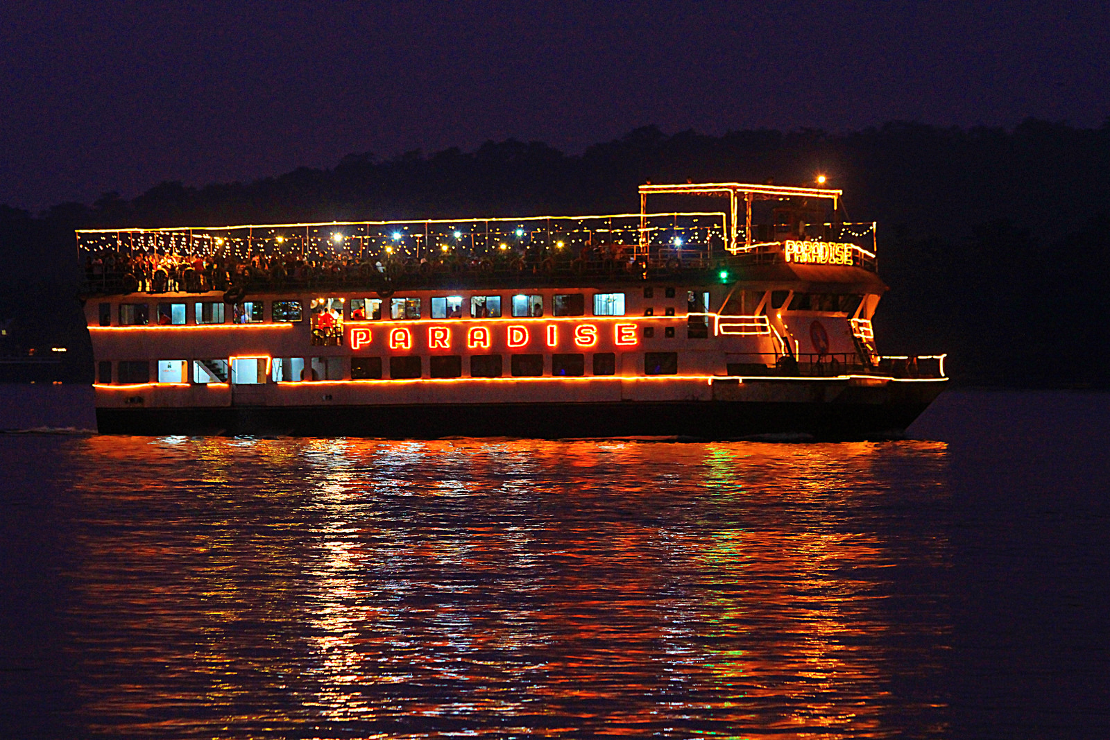 Mandovi Cruise, Goa