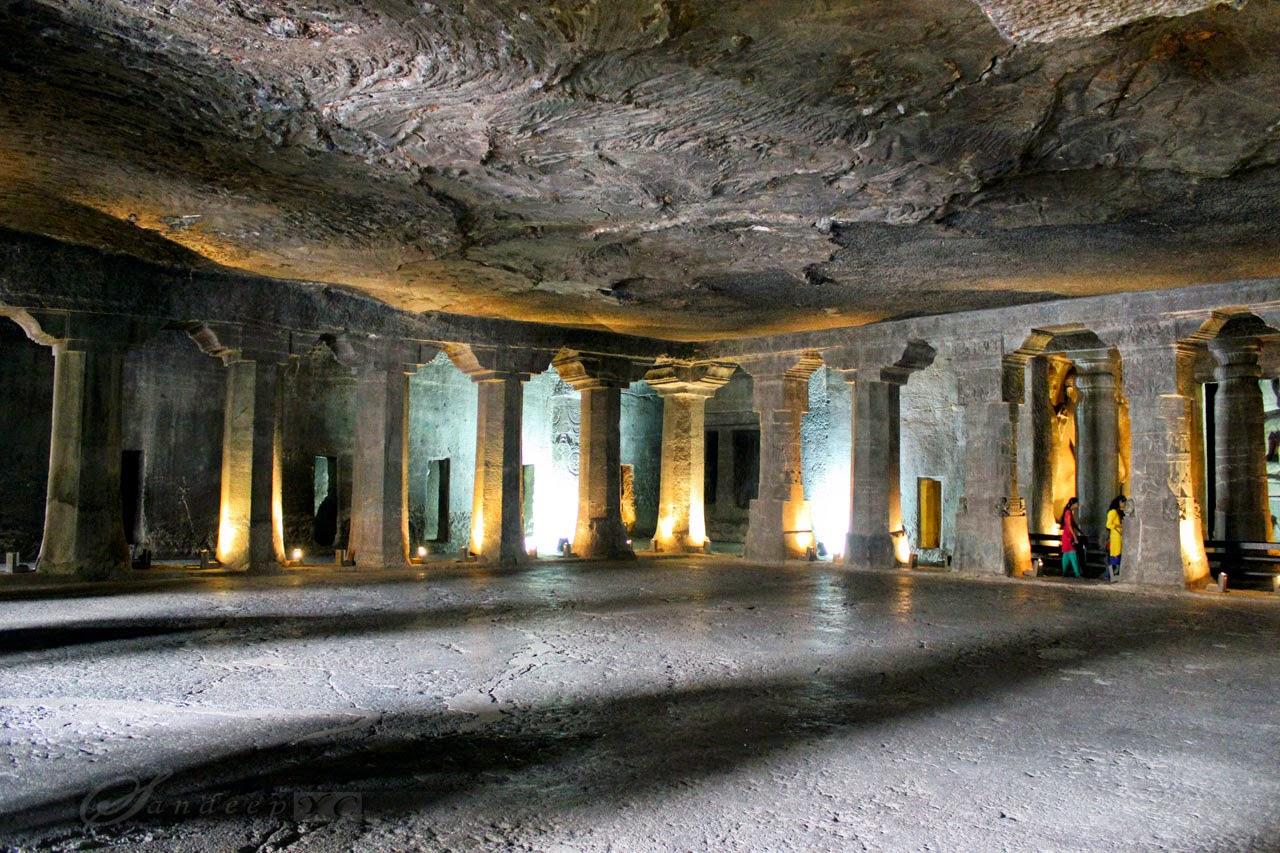 Cave 4 Ajanta