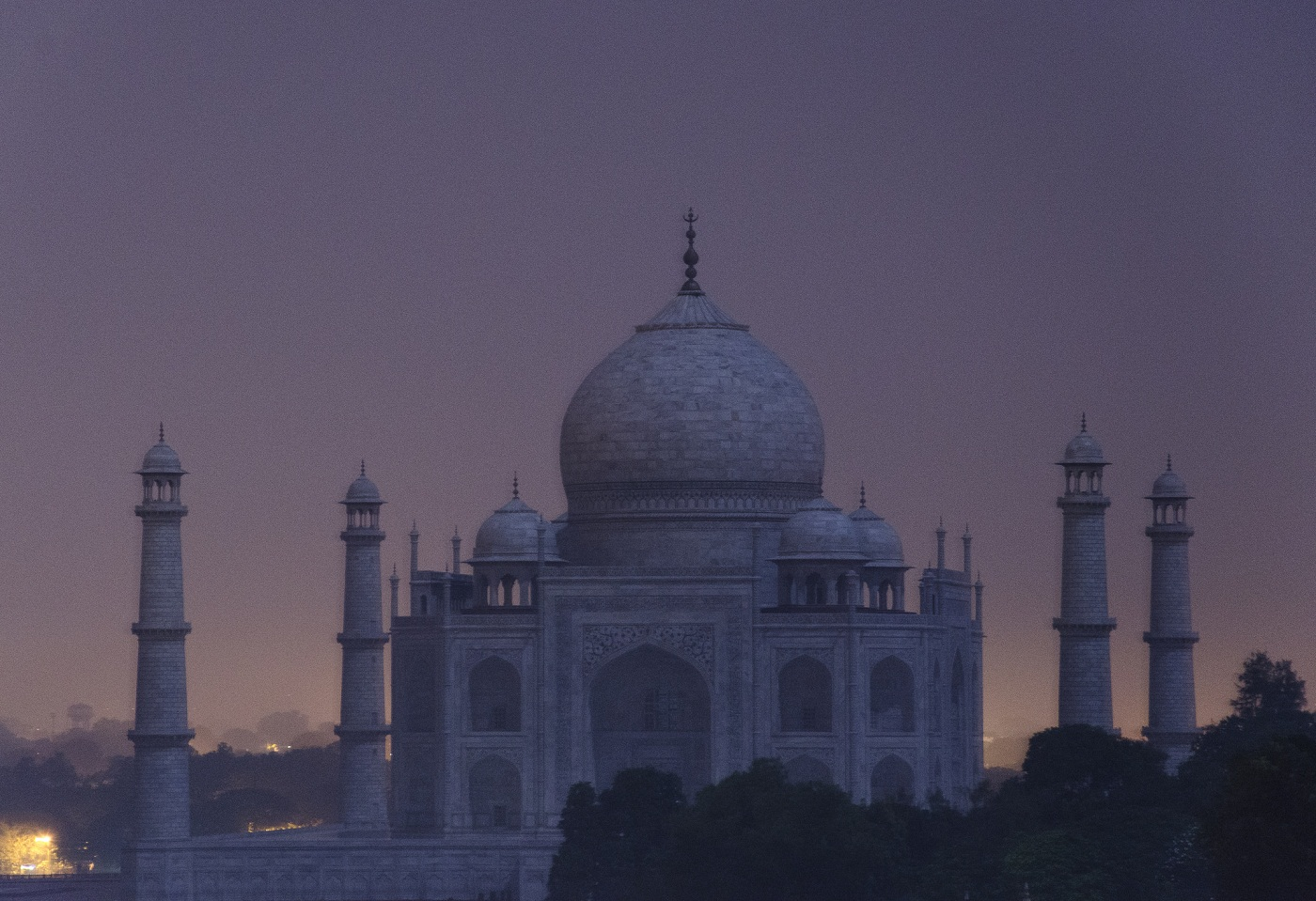 Taj Mahal Full Moon Light