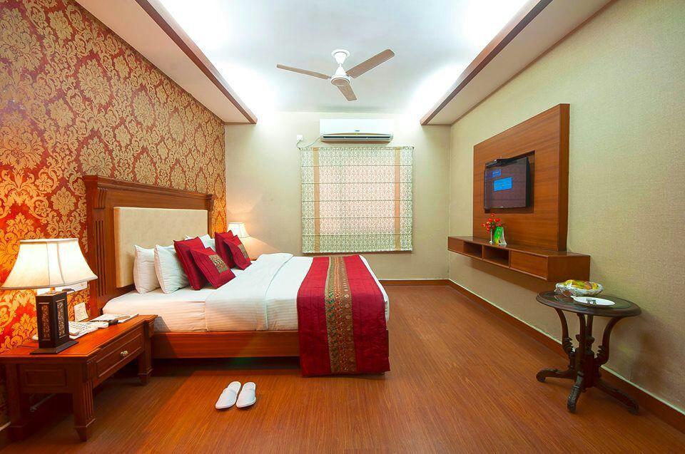 Hotel Siris 18 Agra