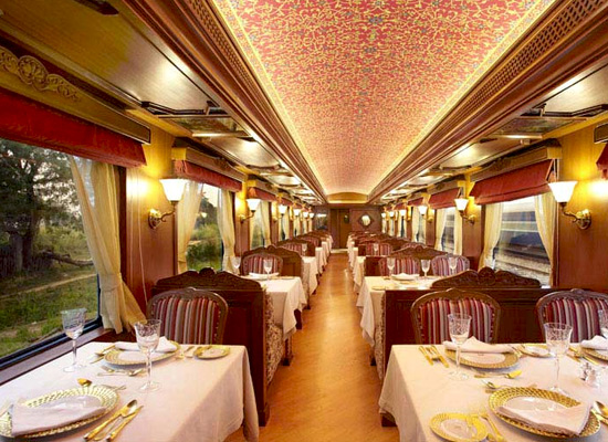 Maharajas Express Indian Panorama