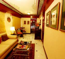 Maharaja's Express Presidential Bedroom